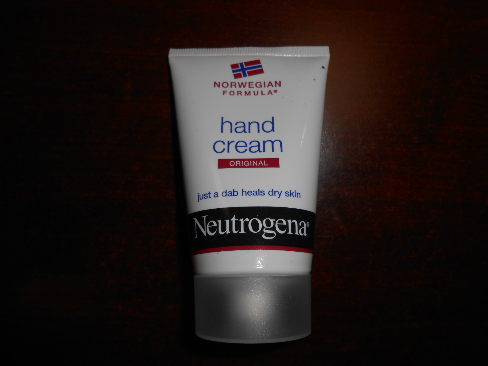 the brand neutrogena As the #1 dermatologist recommended skincare brand, neutrogena® offers some  of the world's most loved beauty and skincare lines, with products in over 70.